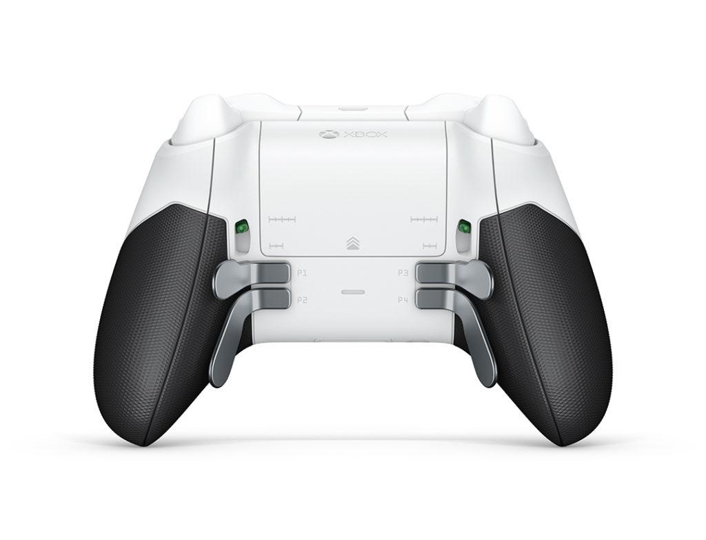 Xbox ELITEワイヤレスコントローラーの背面